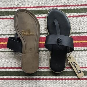 Seven7 leather thong sandals